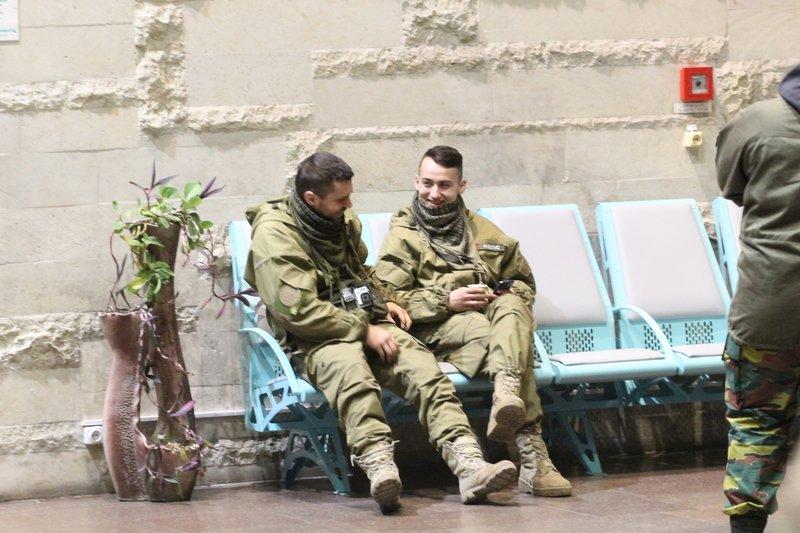 Легендарная девушка-госпитальер Яна Зинкевич вернулась после лечения в Израиле в Днепропетровск (ФОТО) (фото) - фото 4