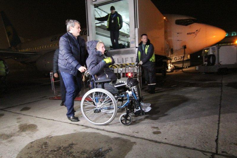 Легендарная девушка-госпитальер Яна Зинкевич вернулась после лечения в Израиле в Днепропетровск (ФОТО) (фото) - фото 27
