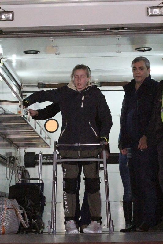 Легендарная девушка-госпитальер Яна Зинкевич вернулась после лечения в Израиле в Днепропетровск (ФОТО) (фото) - фото 22