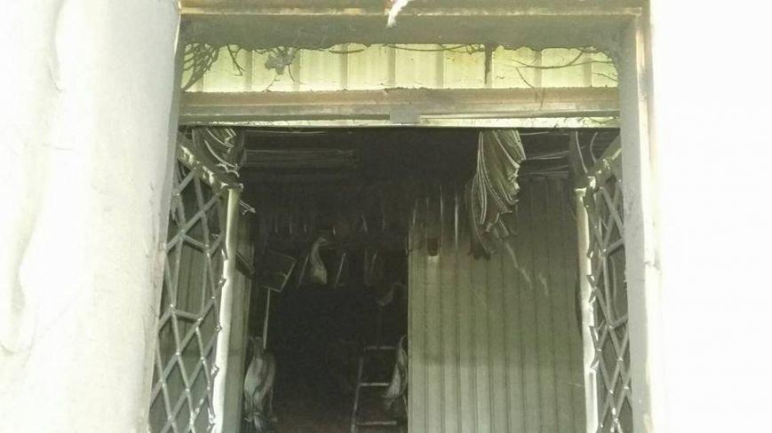 Сьогодні В Конотопі підпалили місцеву студію телебачення(КСТ), фото-7