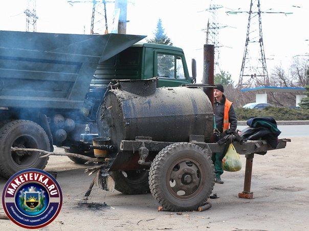 В Макеевке начали ремонтировать главную автомагистраль города (фото) (фото) - фото 5