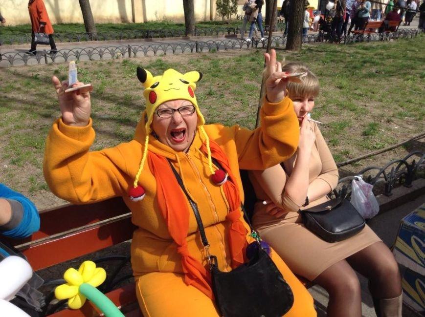 291a5bcd2d593f9c55afb7ac1eb6c388 Одесса гонит: Носы, уши и дураки встречают туристов
