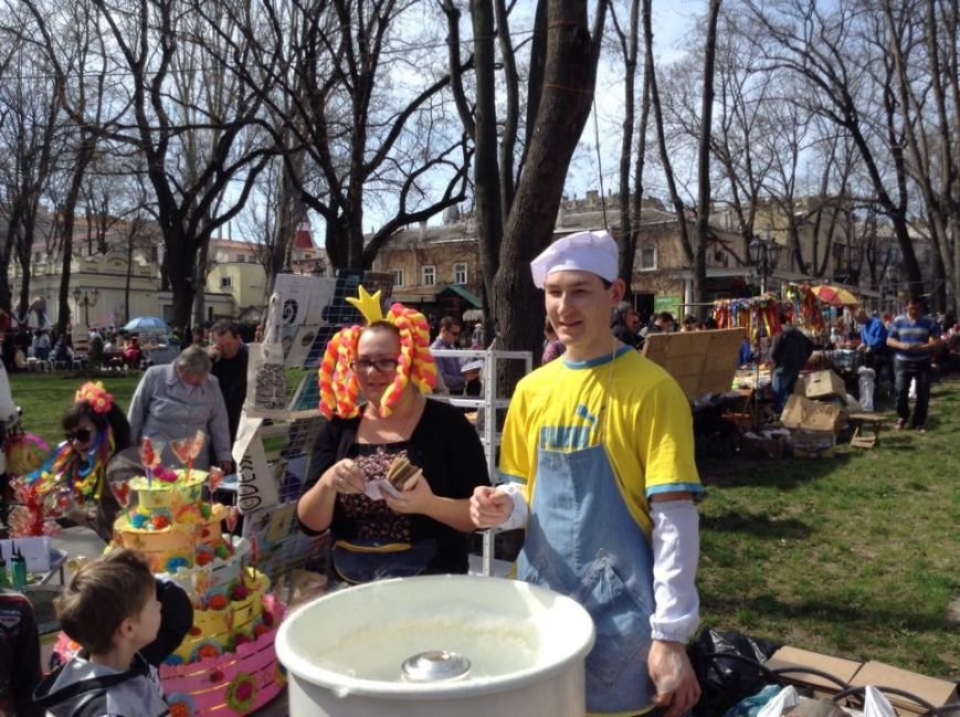 55a746418a6a48f45183f4b3d7c41edd Одесса гонит: Носы, уши и дураки встречают туристов