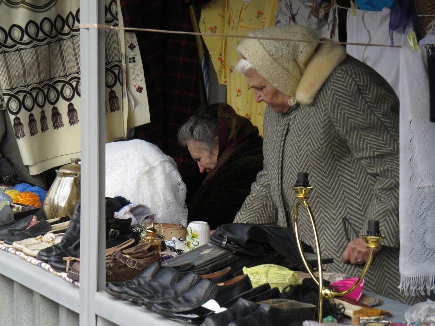 """В Мариуполе торговцы """"блошиного"""" рынка потребовали изгнать с трамвайного кольца конкурентов (ФОТО+ВИДЕО), фото-2"""
