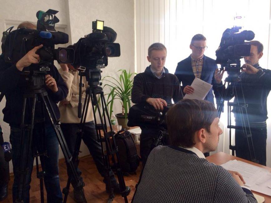 Мариуполец, не дождавшись денег от АМП, предложил отдать их на нужды АТО (ФОТО), фото-3