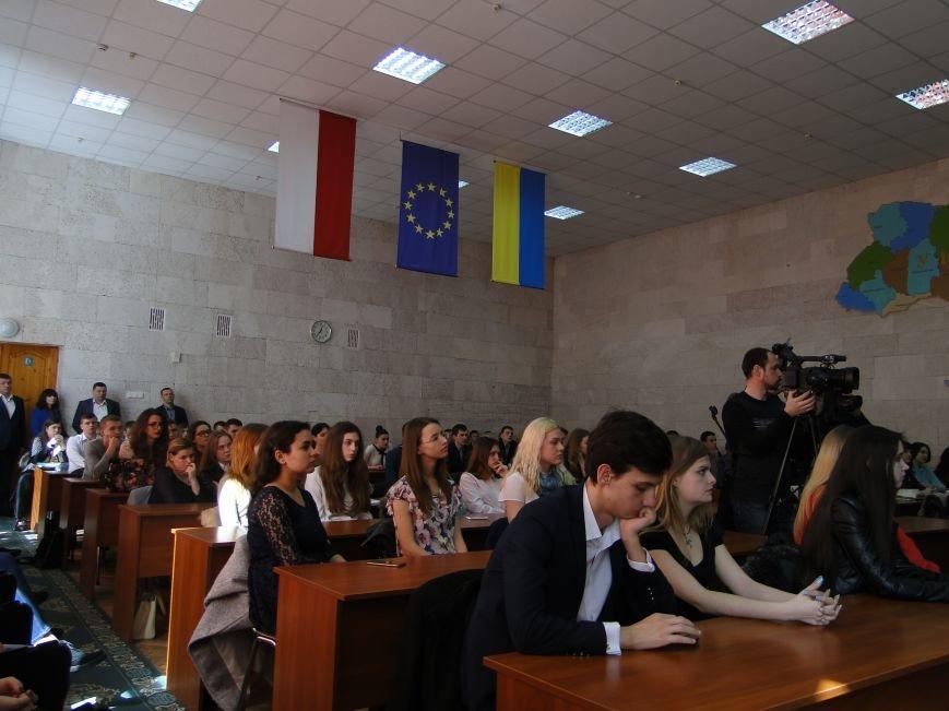 У Хмельницькому зі студентами про наркотики говорив Ілля Кива (Фото) (фото) - фото 2