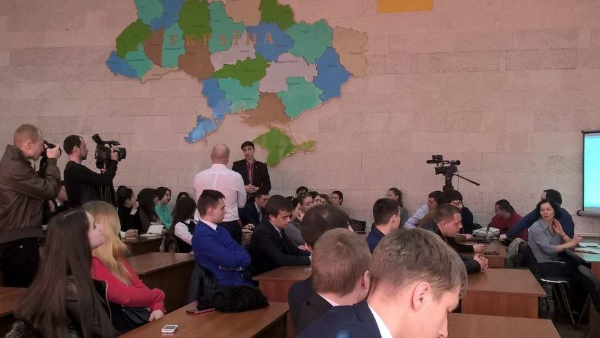 У Хмельницькому зі студентами про наркотики говорив Ілля Кива (Фото), фото-2
