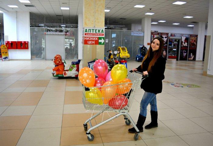 Как в Новополоцке прошла акция разноцветного настроения: смущение, улыбки и удивление, фото-3