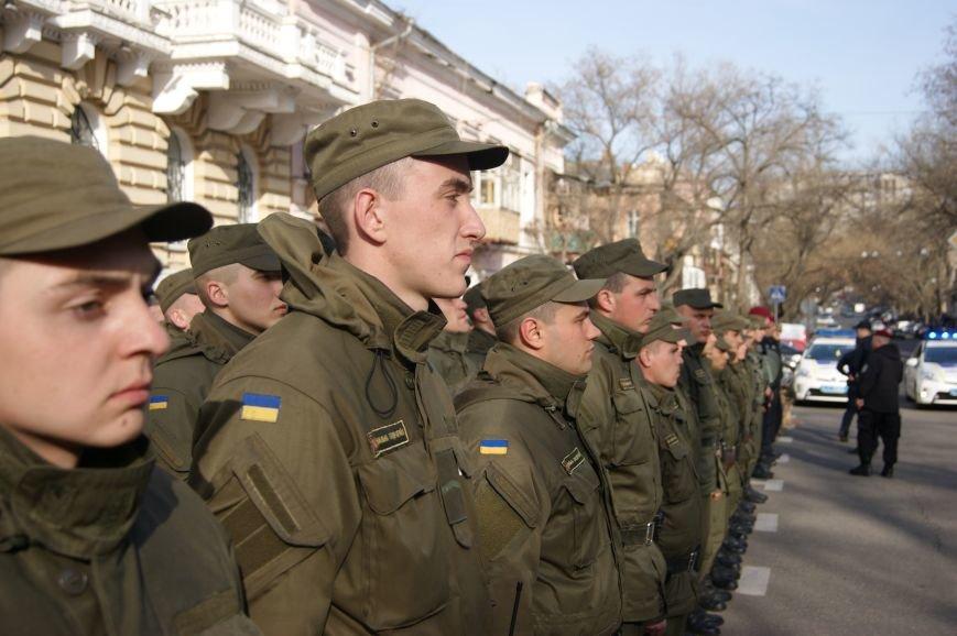 91945c15d6dd7f80973075401cffca29 В Одессу стянули дополнительные силы полиции