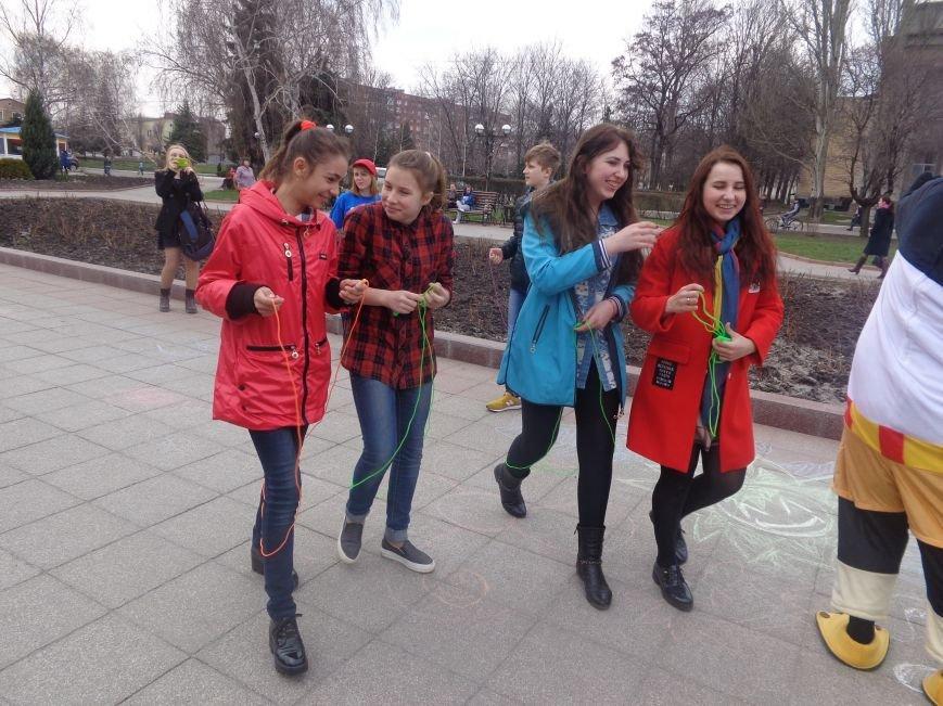 В Красноармейске подвели итоги детского творческого весеннего конкурса (фото) - фото 11