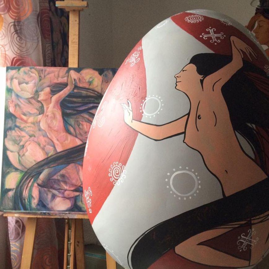 На диво-писанці черкаської художниці жінки полинули у танок (ФОТО), фото-1
