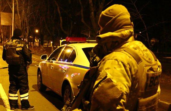 Погоня в Мариуполе: полицейские догнали скутер с похитителями телефонного кабеля (ФОТО) (фото) - фото 1