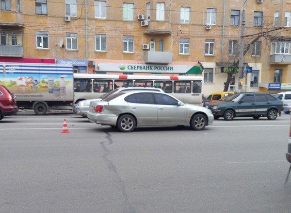 На Слобожанском проспекте столкнулись маршрутка и легковушка (ФОТО), фото-1