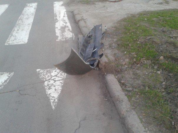 В Мариуполе столкнулись две иномарки (ФОТО) (фото) - фото 1