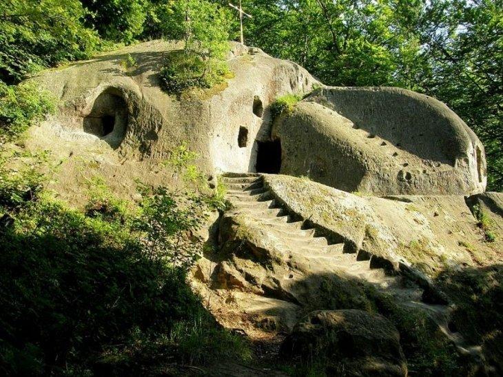 З 10-ти мальовничих сіл Західної України, де варто подорожувати, три – на Тернопільщині (Фото) (фото) - фото 9
