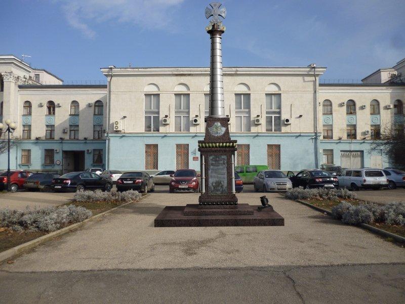Народное ополчение Крыма объявило сбор денег на памятник в Симферополе, но необходимую сумму не называет (ФОТО) (фото) - фото 2