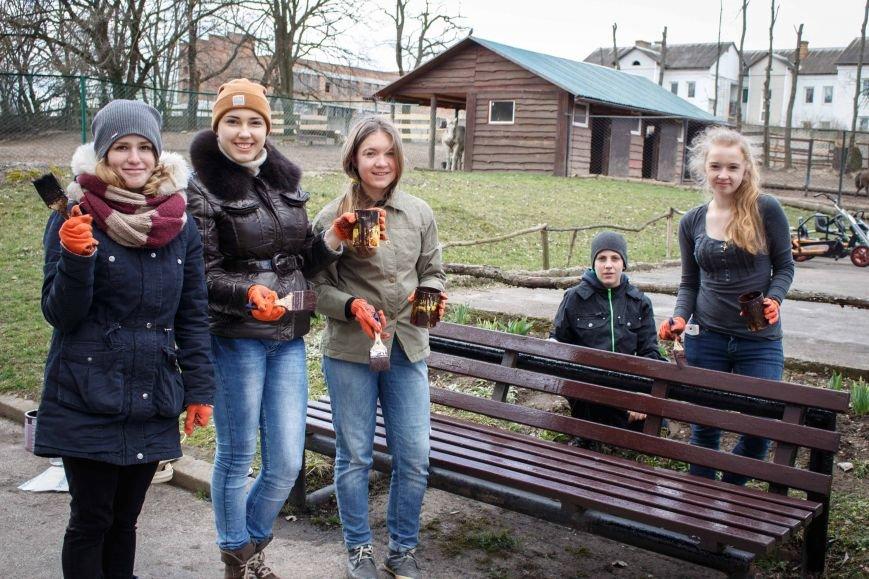 Молодь Рівного готувала зоопарк до відкриття сезону, фото-3