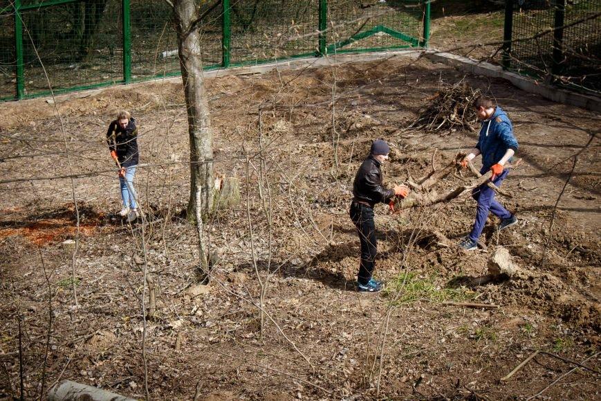 Молодь Рівного готувала зоопарк до відкриття сезону, фото-2