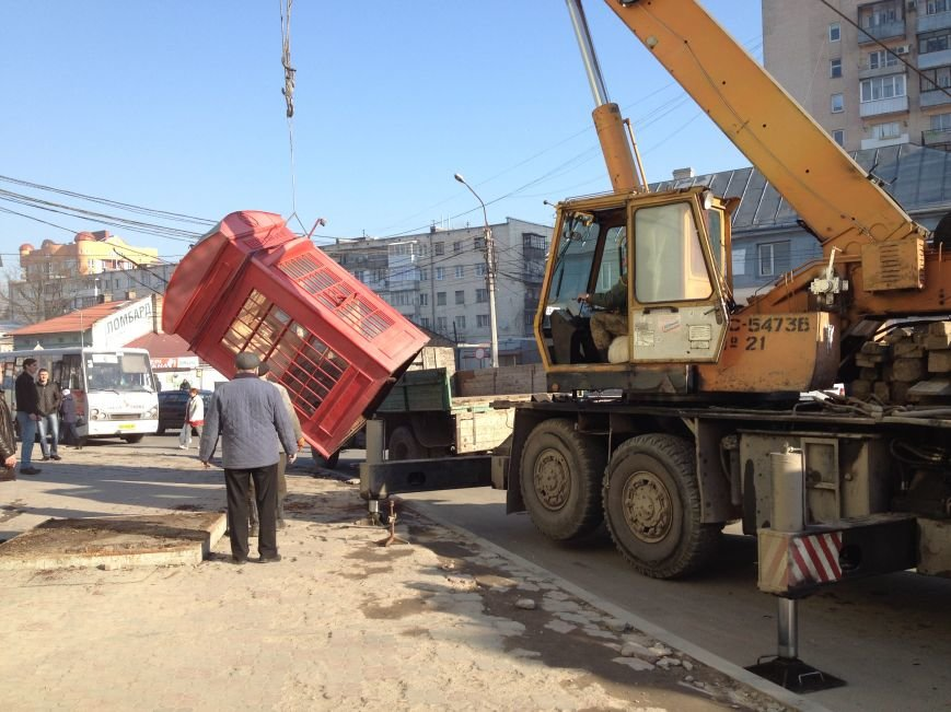Де у Тернополі демонтують незаконно встановленні кіоски? (фото) (фото) - фото 1