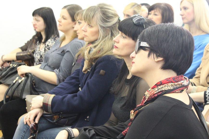 У Хмельницькому Ольга Горбачова розповіла жінкам, як розуміти себе і свою істинну природу (Фото) (фото) - фото 1