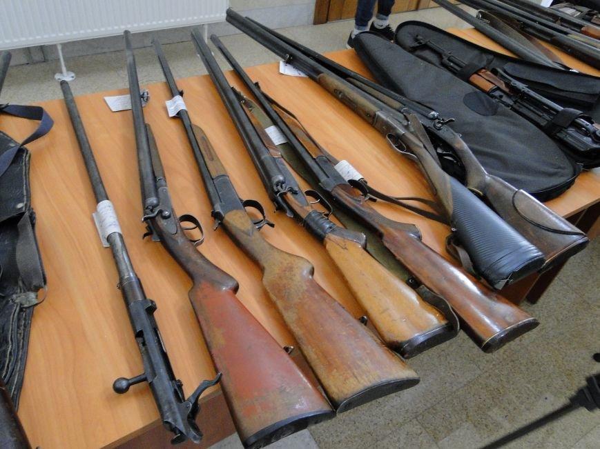 Мешканці Хмельницької області найчастіше добровільно здають мисливські рушниці (Фото) (фото) - фото 3