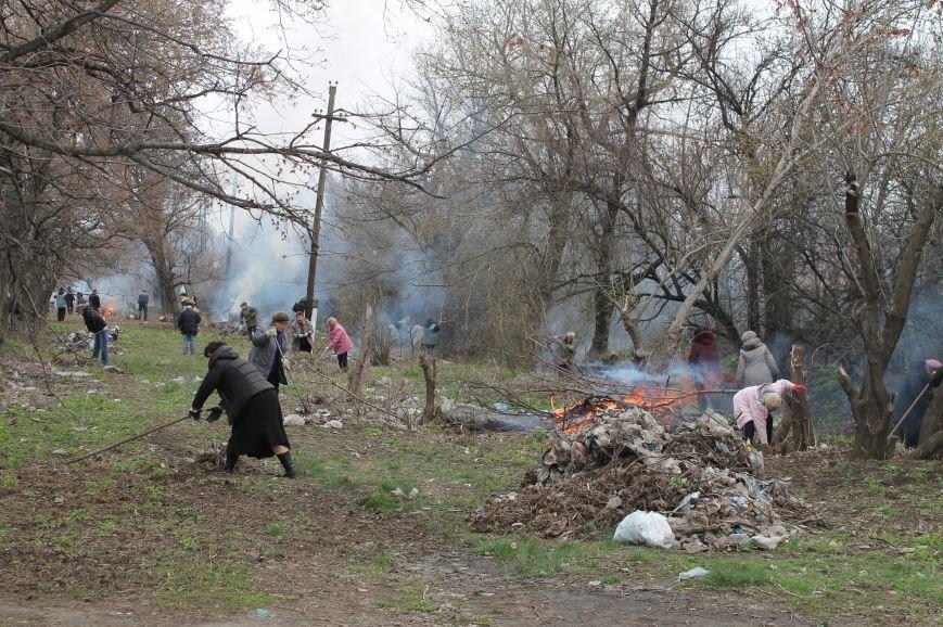 Жители Бахмута продолжают делать город чище (ФОТО), фото-5