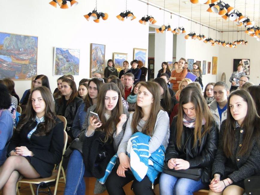 У Хмельницькому представили виставку «Єжи Ґедройць і його справа. Доробок бібліотеки «Культури» (Фото) (фото) - фото 8