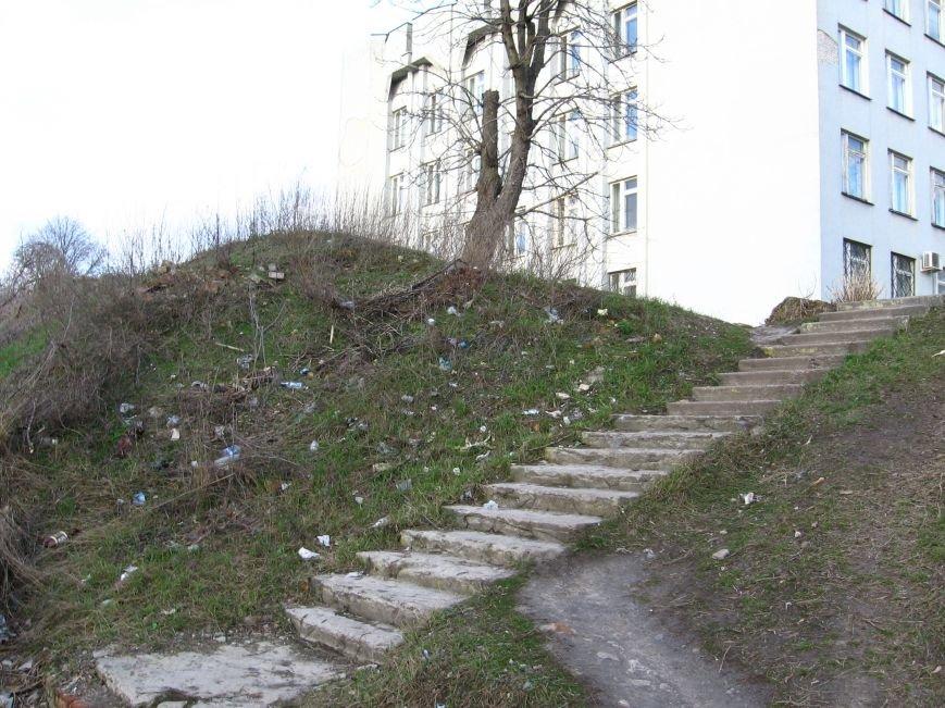 Фотофакт: Смітник у центрі Конотопа, фото-1