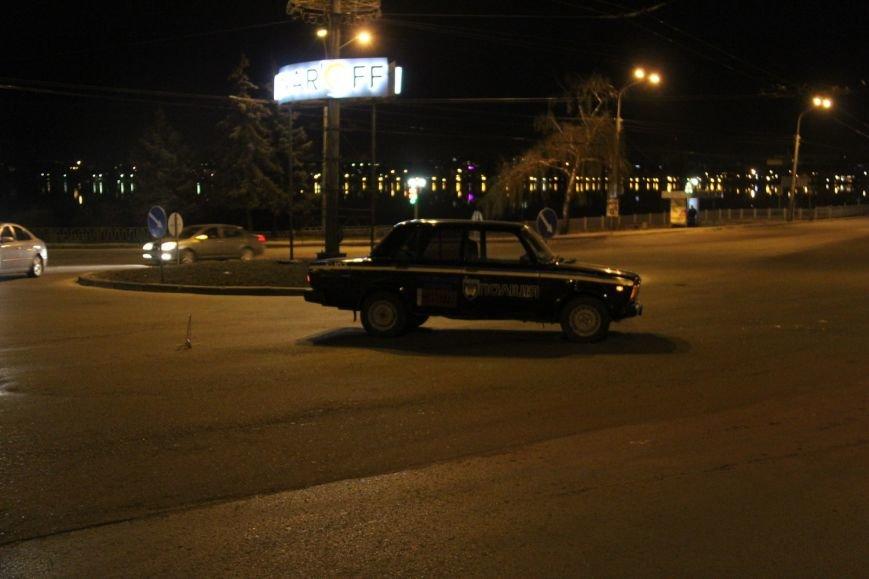 У Тернополі поліцейська машина та автомобіль Mitsubishi не поділили дорогу (фото) (фото) - фото 1