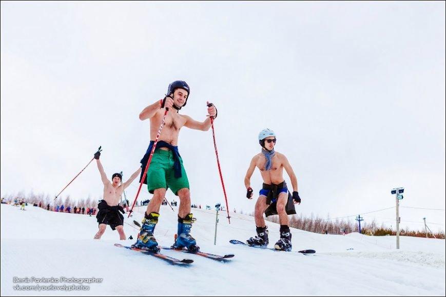 Ульяновские сноубордисты устроили «голые» покатушки (фото) - фото 1