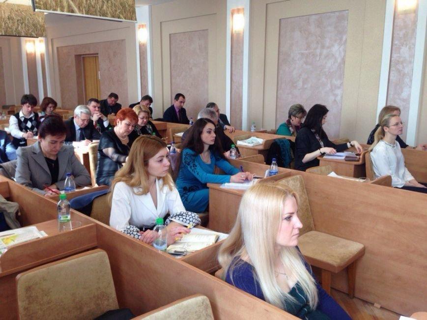 Перспективи для агроосвіти й агробізнесу: СНАУ та ФАО проводять круглий стіл у Києві (фото) - фото 1