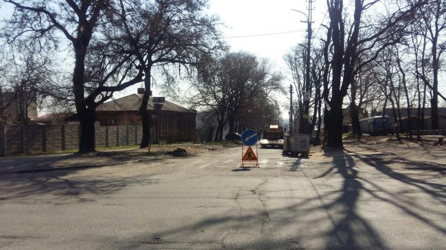 Ямы на улице Сикорского (бывшая Тельмана) обещают устранить до конца недели (ФОТО) (фото) - фото 1