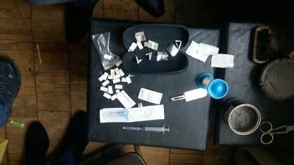 Правоохоронці викрили чоловіка, який щодня продавав наркотичні препарати (ФОТО) (фото) - фото 2