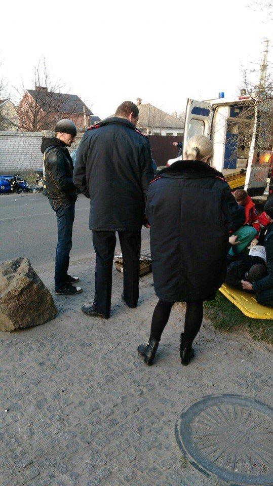 ДТП на Байкальской: из-за столкновения авто и мотоцикла пострадал мужчина (ФОТО) (фото) - фото 1