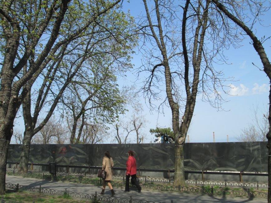 6375213a64acee83f35a23c2d9d0c561 Одесса в руинах: Что увидят туристы в курортный сезон