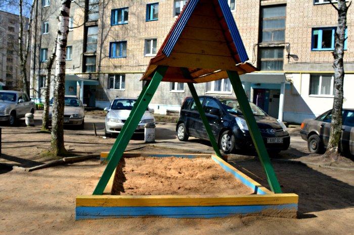 «У нас на площадке всего одна качелька и песочница»: как выглядят детские площадки в Новополоцке и кто должен следить за их состоянием, фото-4