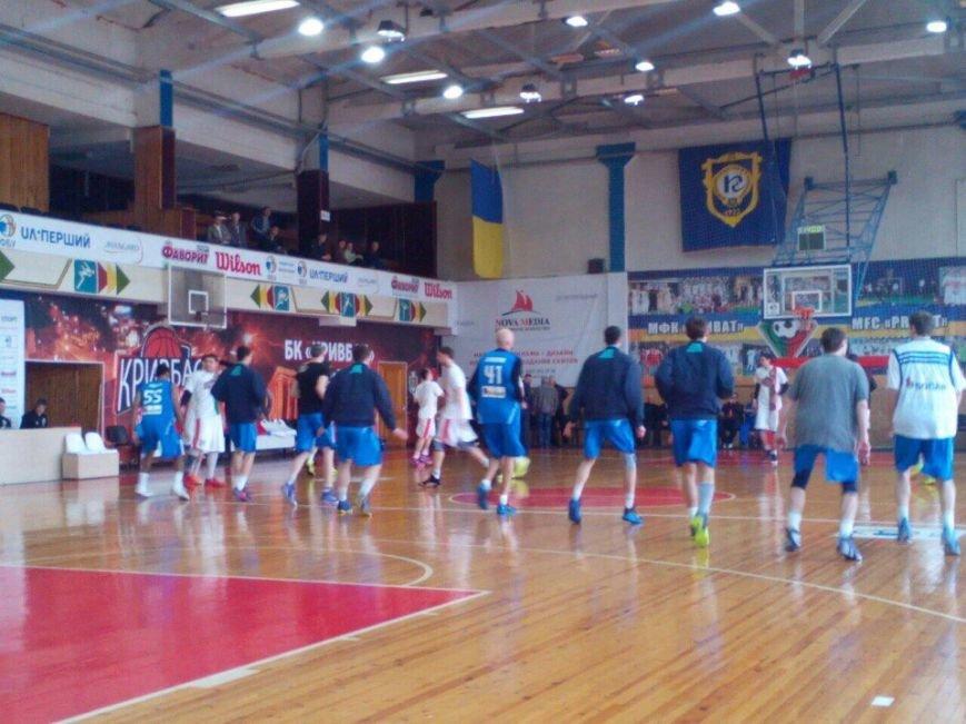 Криворожские баскетболисты не оставили шансов одесским соперникам в стартом матче серии плей-офф (ФОТО) (фото) - фото 1