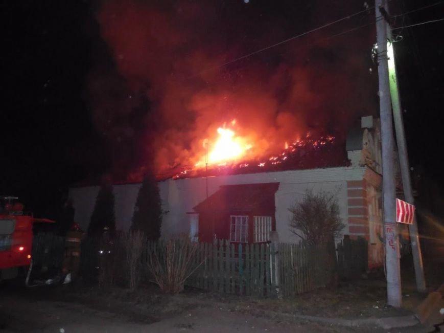 В Полоцке из горящего дома вынесли четырех человек, а в Сушино погиб мужчина, выжигавший сухую траву, фото-1