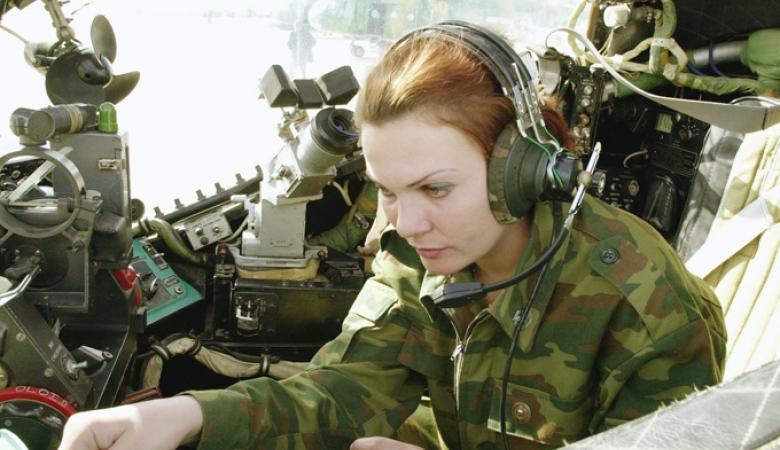Саратовская область лидер по количеству женщин-призывников (фото) - фото 1