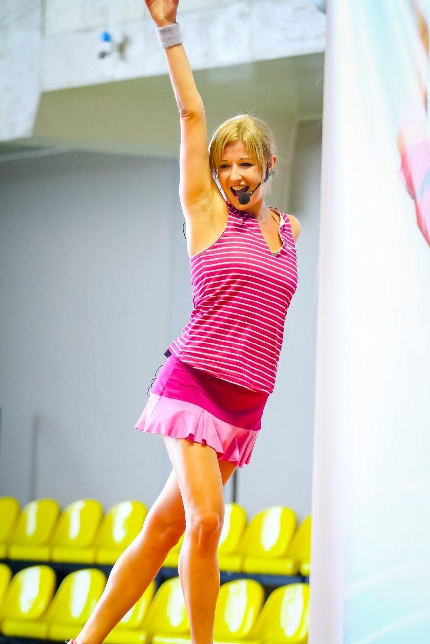 В спортивном комплексе «Альбатрос» пройдет танцевальный фитнес-марафон для всех желающих балаковцев (фото) - фото 3
