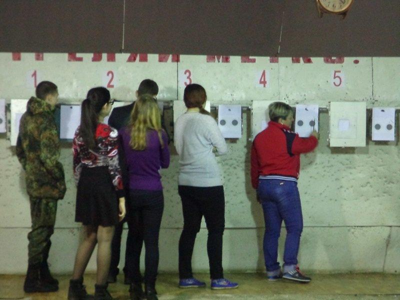 Будущие полицейские Бахмута соревновались в пулевой стрельбе (фото) - фото 1