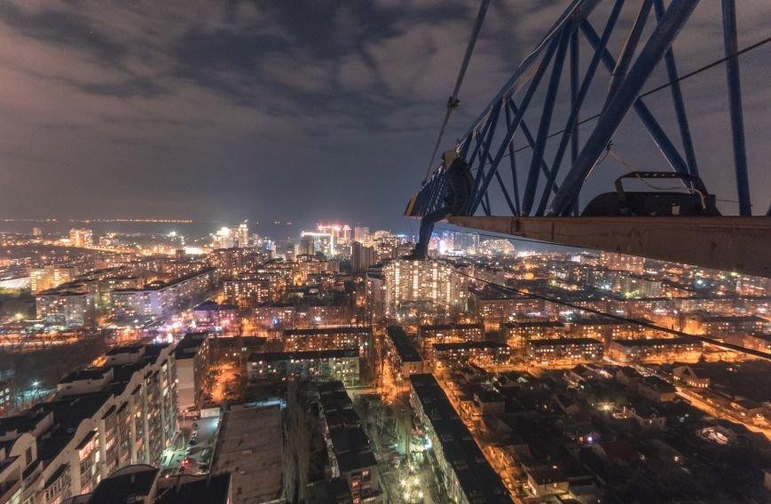 """7cf1eb64ccf79b15564f652999cb5ca7 Одесский руфер: """"Мы лазаем, что бы вы могли насладиться высотными пейзажами города с дивана"""""""