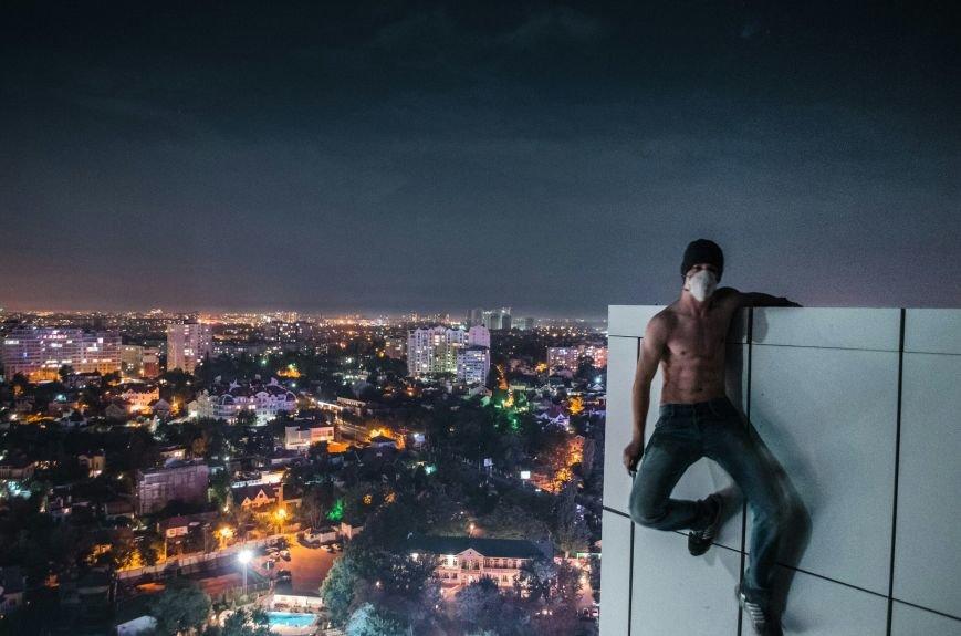 """dfadc36a502c6232647c1f2d3a80d8ca Одесский руфер: """"Мы лазаем, что бы вы могли насладиться высотными пейзажами города с дивана"""""""