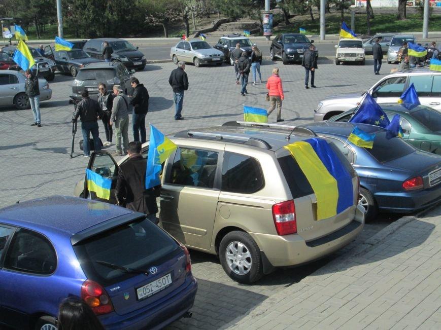 a431baf7a0d276b36479309c94c3e824 Митинг за рулем: одесситы устроили автопробег против Стоянова