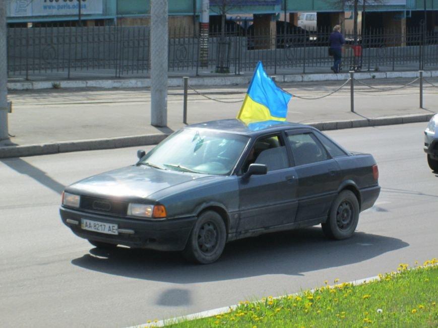 cf7d29ebcfa6ad4d7701b1ddaeb34633 Митинг за рулем: одесситы устроили автопробег против Стоянова