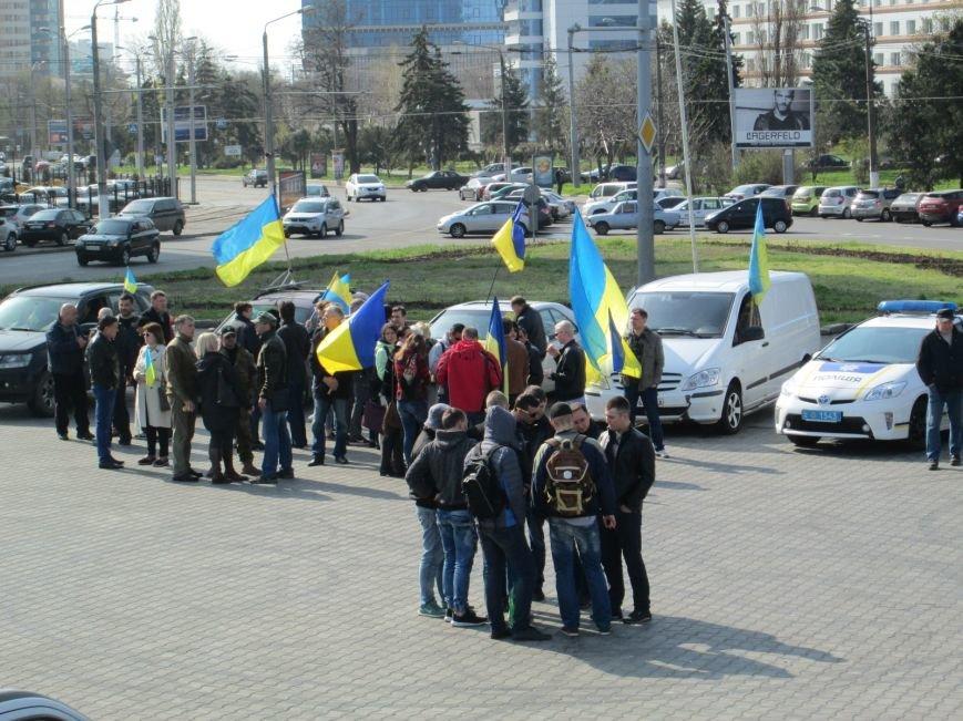 e9a674506d5828fa07c9f8b1d2a6e7fc Митинг за рулем: одесситы устроили автопробег против Стоянова