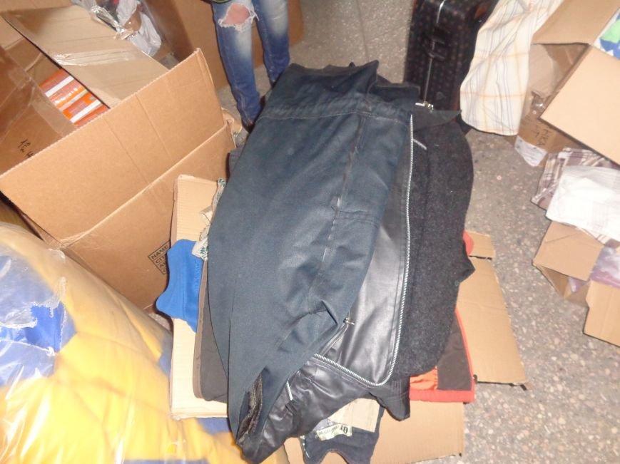 В Красноармейске начата выдача гуманитарной помощи в виде одежды и обуви из Германии (фото) - фото 9