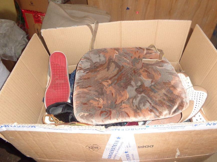 В Красноармейске начата выдача гуманитарной помощи в виде одежды и обуви из Германии (фото) - фото 8