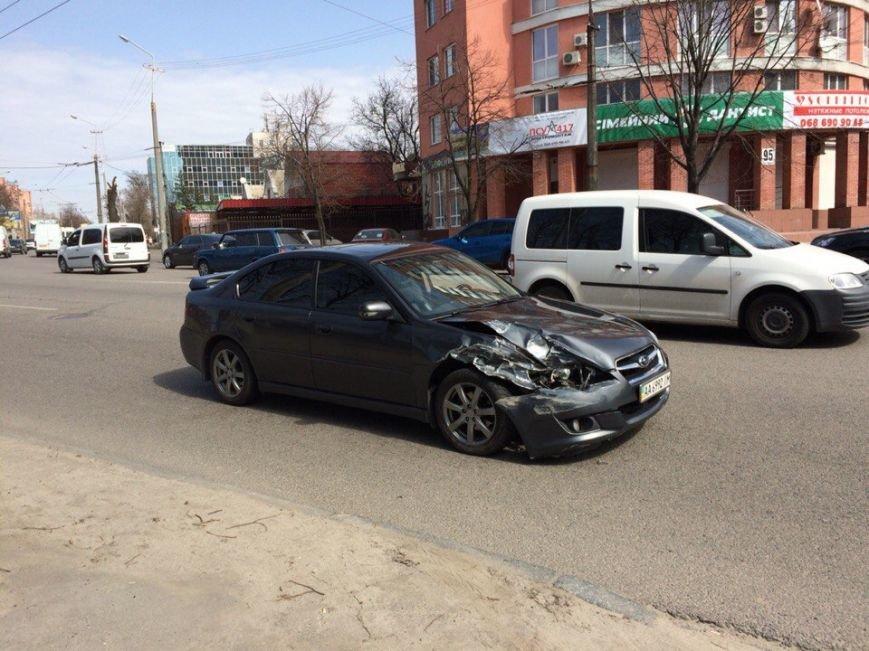 ДТП на проспекте Гагарина: столкнулись два легковых авто (ФОТО), фото-4