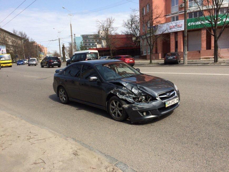 ДТП на ул. Гагарина: столкнулись два легковых авто (ФОТО) (фото) - фото 5